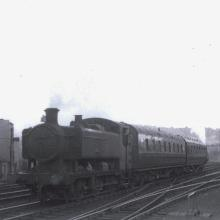 9466 leaving Bristol Green Park Station on the 6:18 to Bristol Temple Meads. 29/09/61